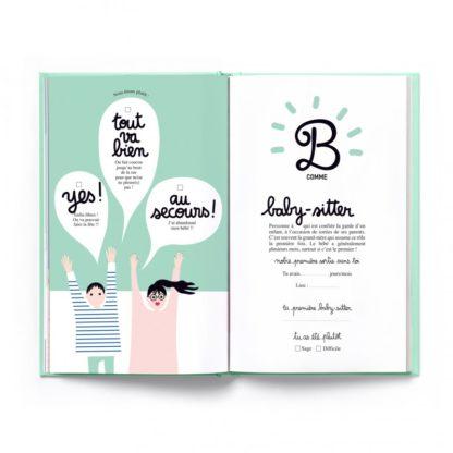 """Le cahier de naissance """"Ta première année de A à Z"""""""