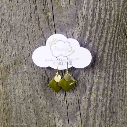 Les boucles d'oreilles Little vintage Vert Mousse