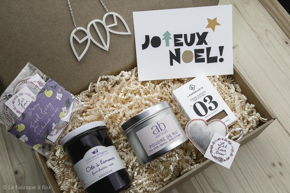 id e cadeau noel femme cr er une box originale pour une femme no l. Black Bedroom Furniture Sets. Home Design Ideas